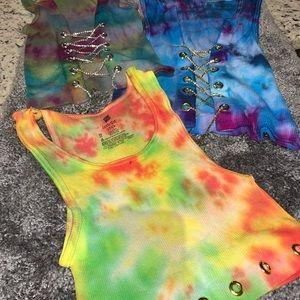 Tye dye chain crop tops